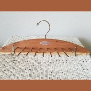 Brookstone Cedar Tie and Belt Holder